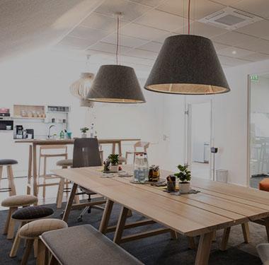 Mobilier espace collaboratif bureau