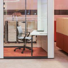 SE CUBE marque partenaire Bureau Concept pour créer des espaces de concentration dans les bureaux